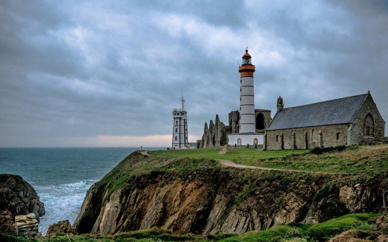 Les activités dans le Finistère : PHARE DE LA POINTE SAINT MATHIEU