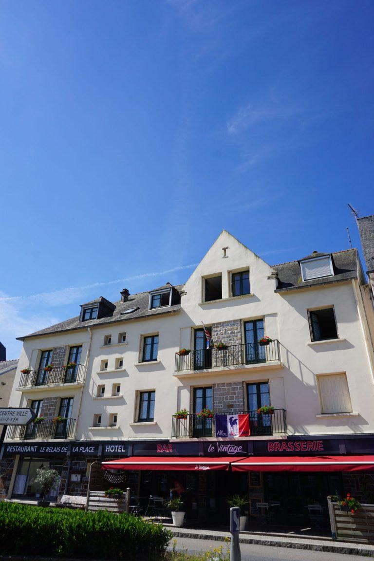 Les activités dans le Finistère : LE RELAIS DE LA PLACE **
