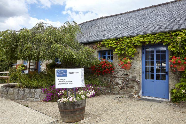 Les activités dans le Finistère : AUBERGE DU DOMAINE DU PUITS DE JEANNE